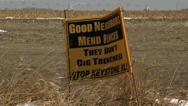 pipeline_mend_fences_sign